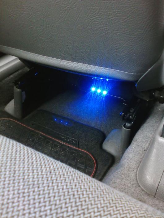 Fiat Punto Puntera Dodatkowe Oświetlenie Wnętrza Led