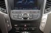 Hyundai Santa Fe III SUV 2.2 CRDi 197KM - galeria redakcyjna - konsola środkowa