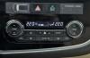 Mitsubishi Outlander III SUV 2.0 SOHC MIVEC 147KM - galeria redakcyjna - panel sterowania wentylacją