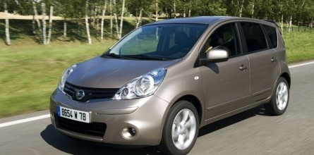 nissan-note-2010_galerie-35125-2-445-220