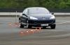 Peugeot 407 Coupe - przód - reflektory włączone