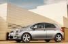 Toyota Auris 2010 - lewy bok
