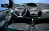 Toyota Yaris - pełny panel przedni