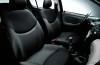 Toyota Yaris - widok ogólny wnętrza z przodu
